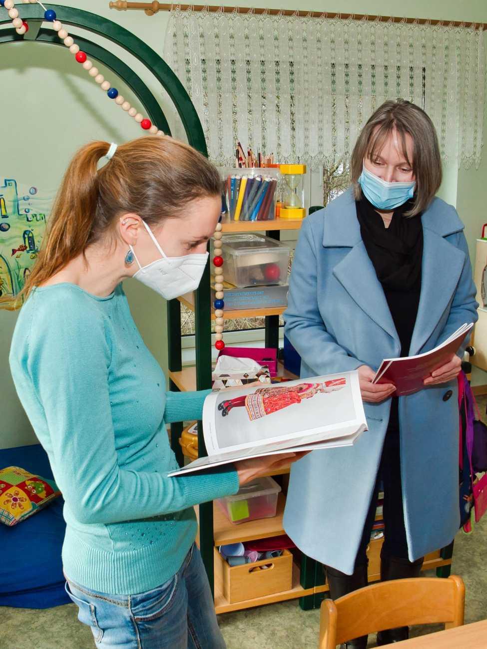 Übergabe der Kindertrachtenbücher am 29.01.2021 in der Kita Milenka Rohne
