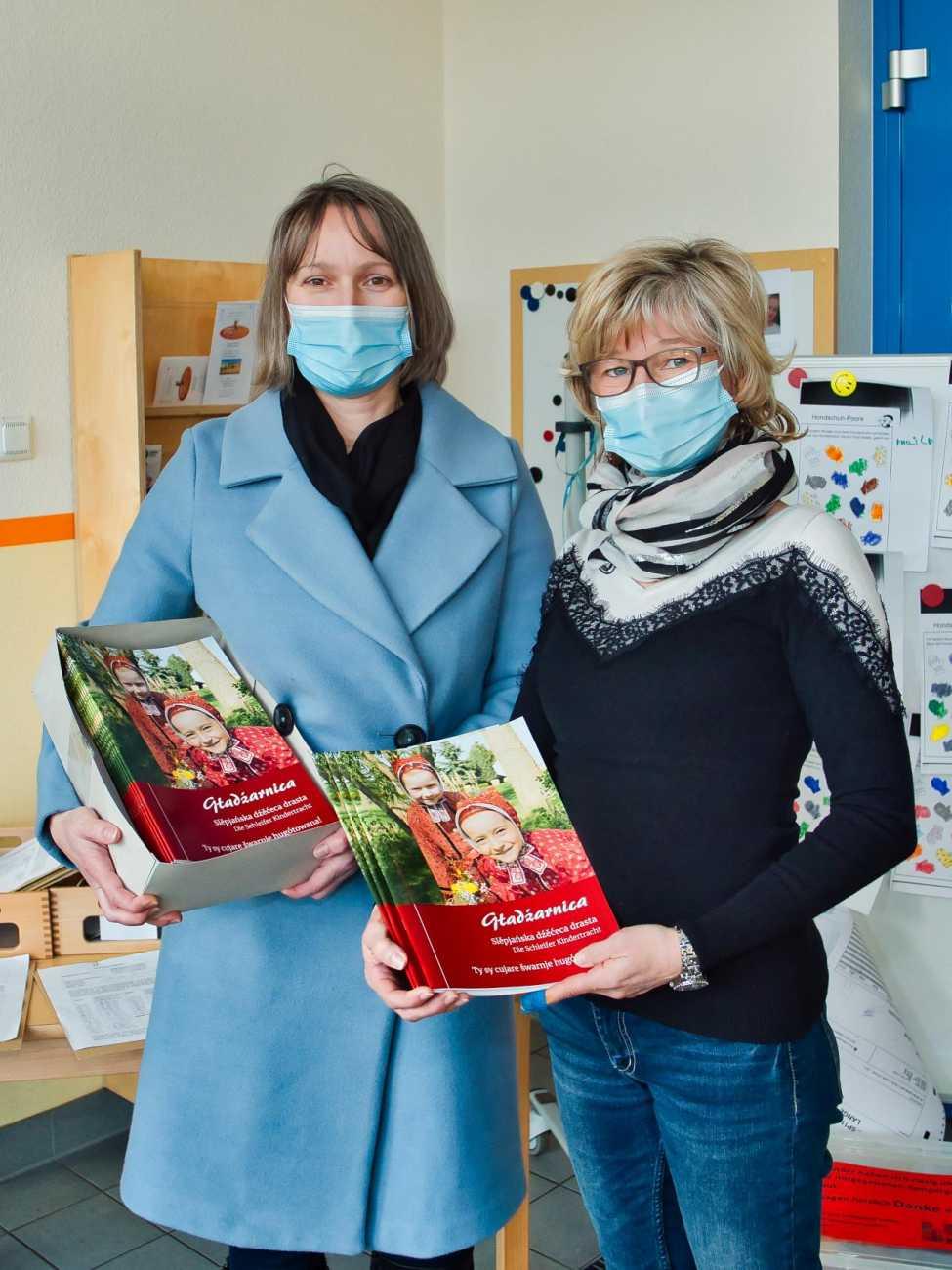 Übergabe der Kindertrachtenbücher am 29.01.2021 in der Kita Sonnenschein Trebendorf